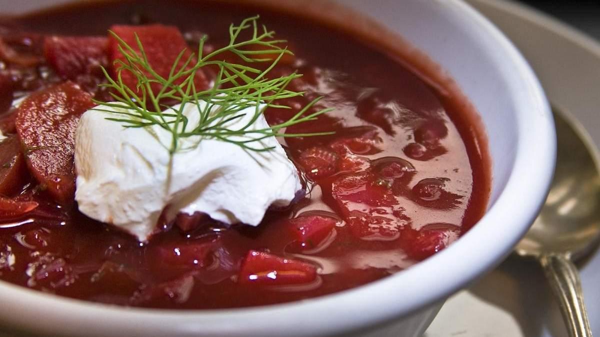 Путеводитель Мишлен назвал борщ русским блюдом: детали