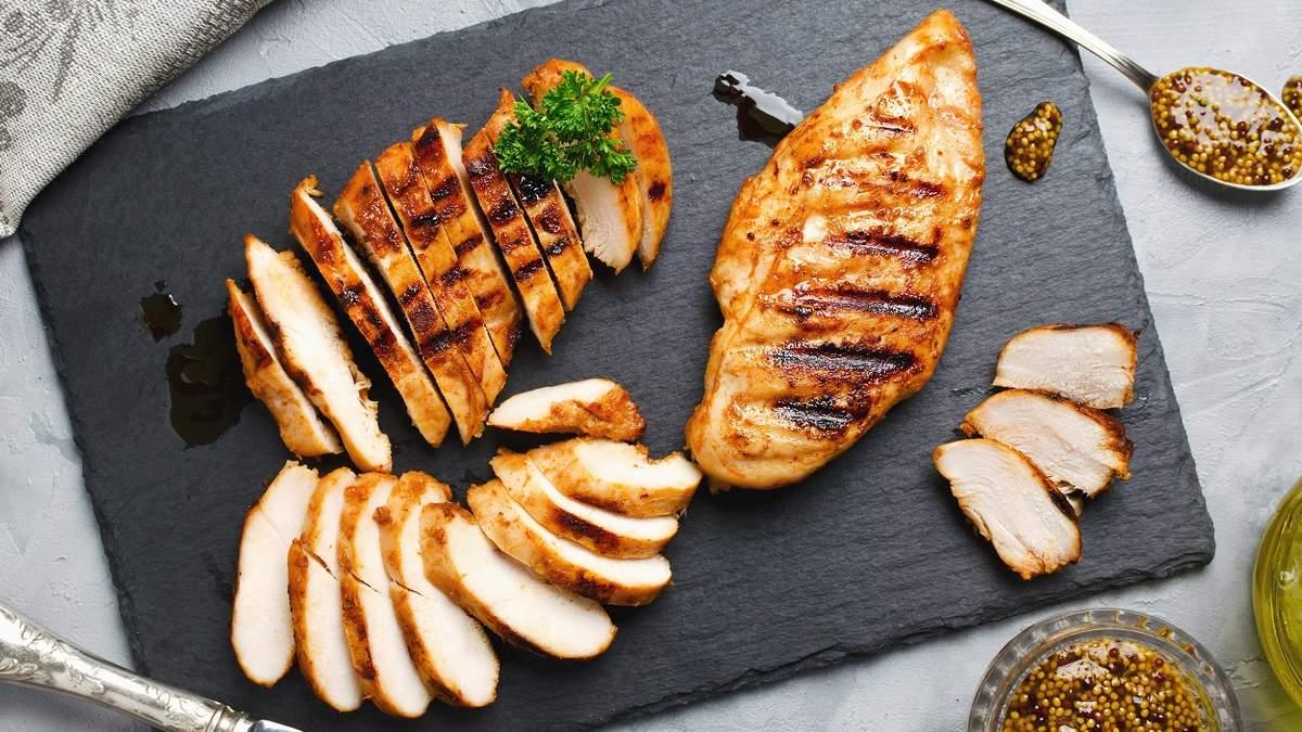 """Курятина у """"дорослому"""" меню: чим вона корисна для нашого організму"""