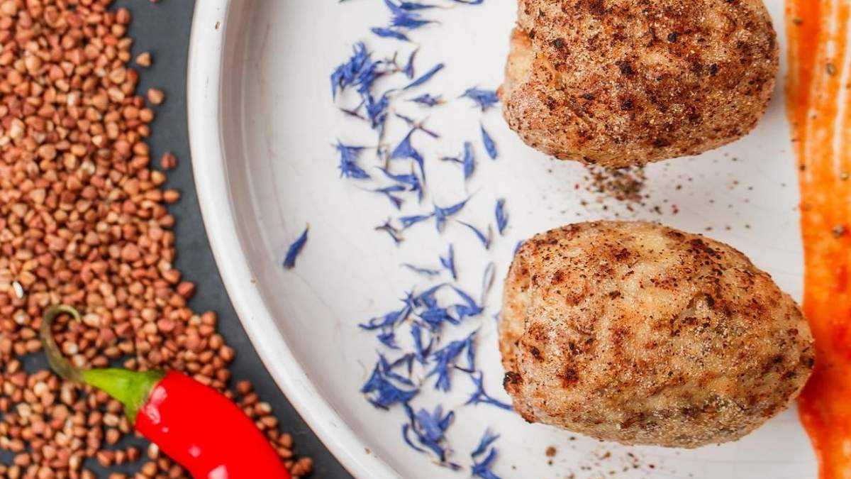 Рецепт гречаники с томатным соусом