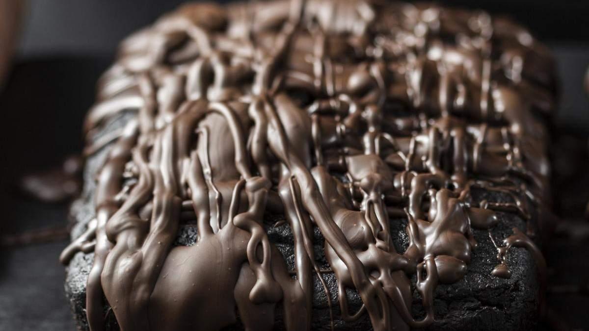 Как приготовить шоколадный торт Захер: рецепт от Евгения Клопотенко