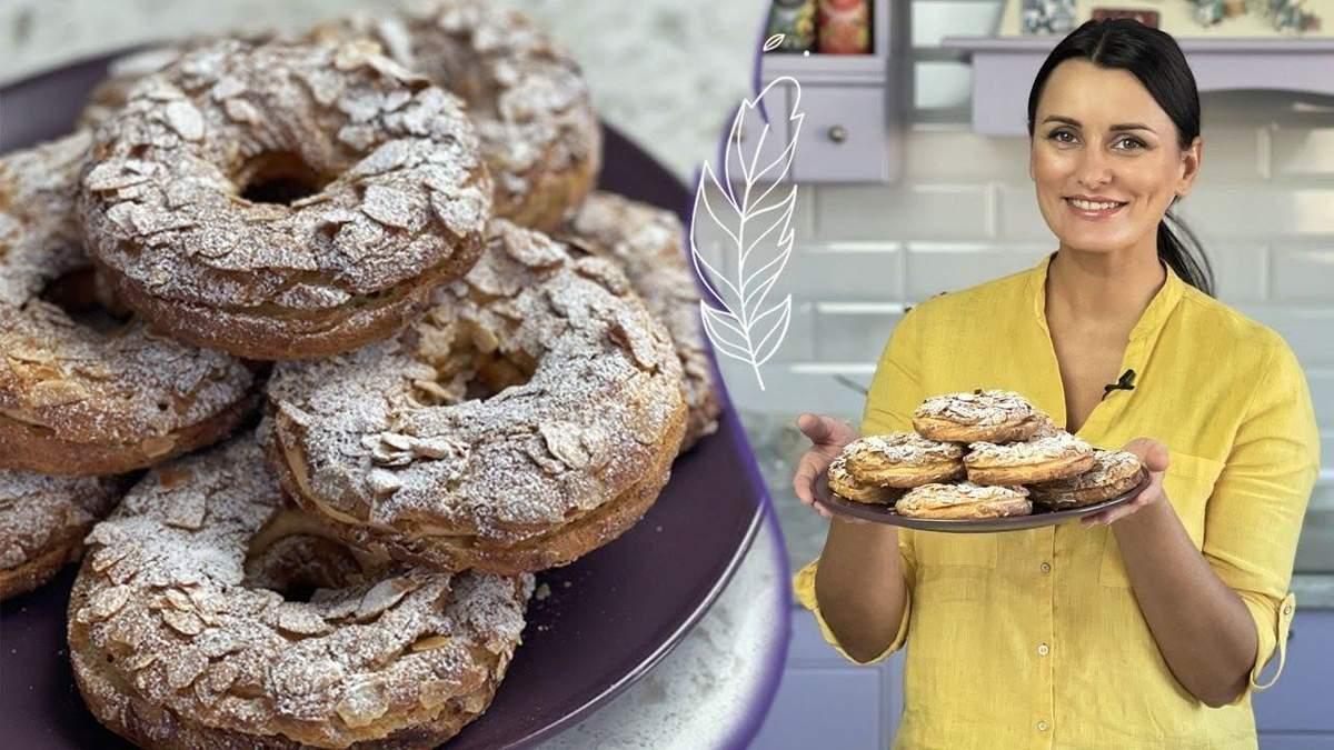 Лиза Глинская готовит заварные кольца: видео