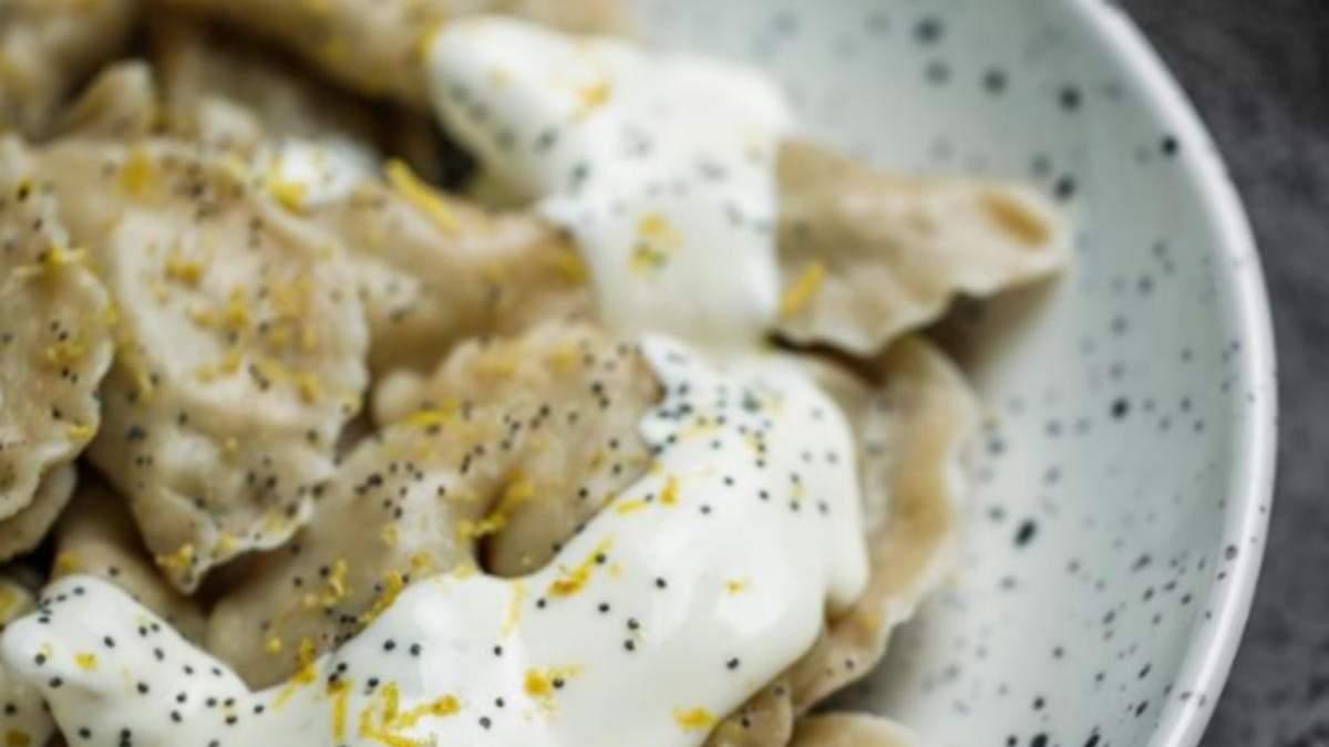Рецепт вареників з сиром та маком за рецептом Євгена Клопотенка