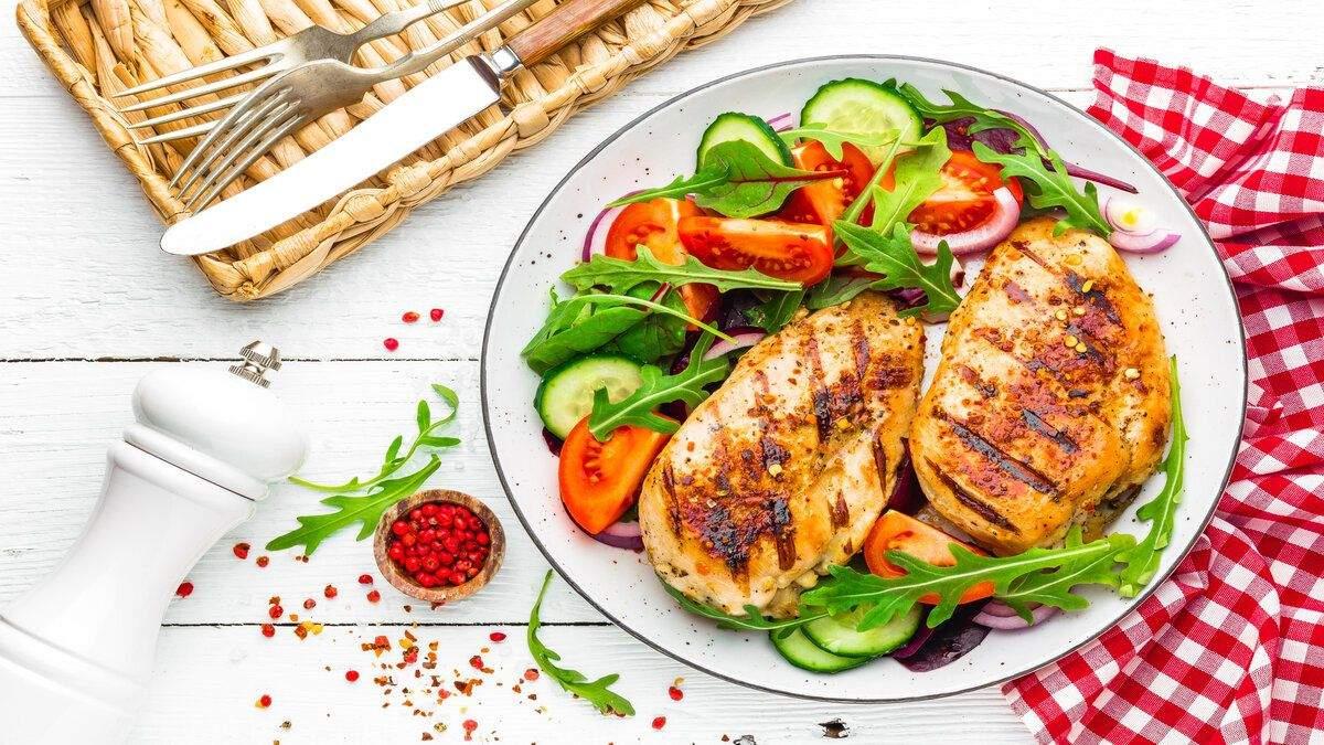 Весняний гіповітаміноз: чому слід їсти не лише овочі-фрукти, а й біле м'ясо