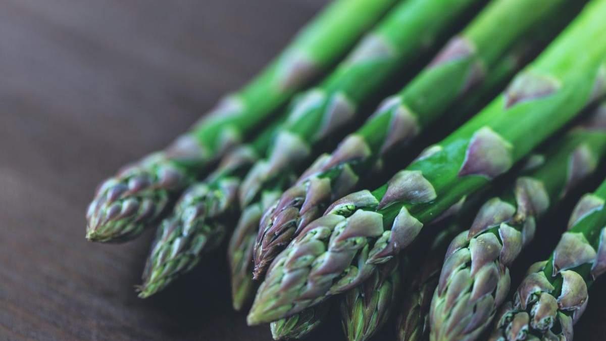 Спаржа або аспарагус: користь, шкода та застосування в кулінарії
