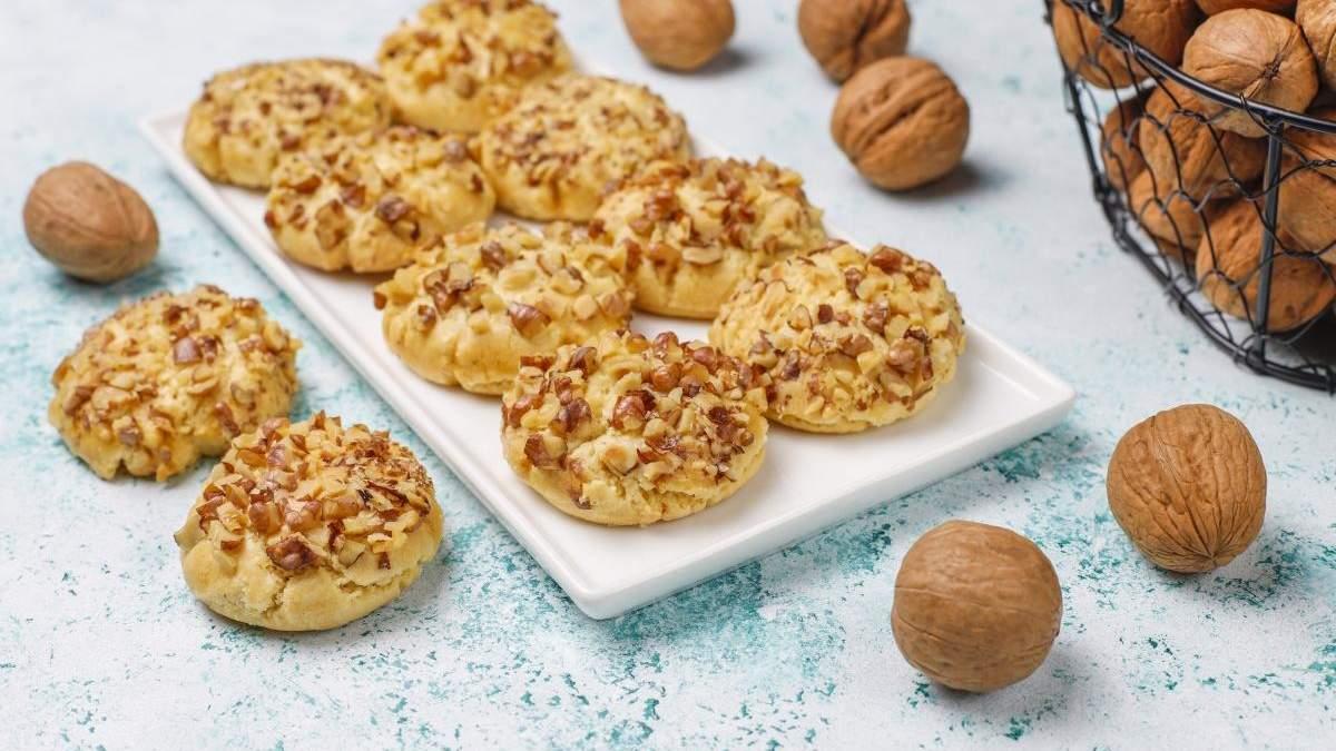Простий рецепт печива з волоськими горіхами