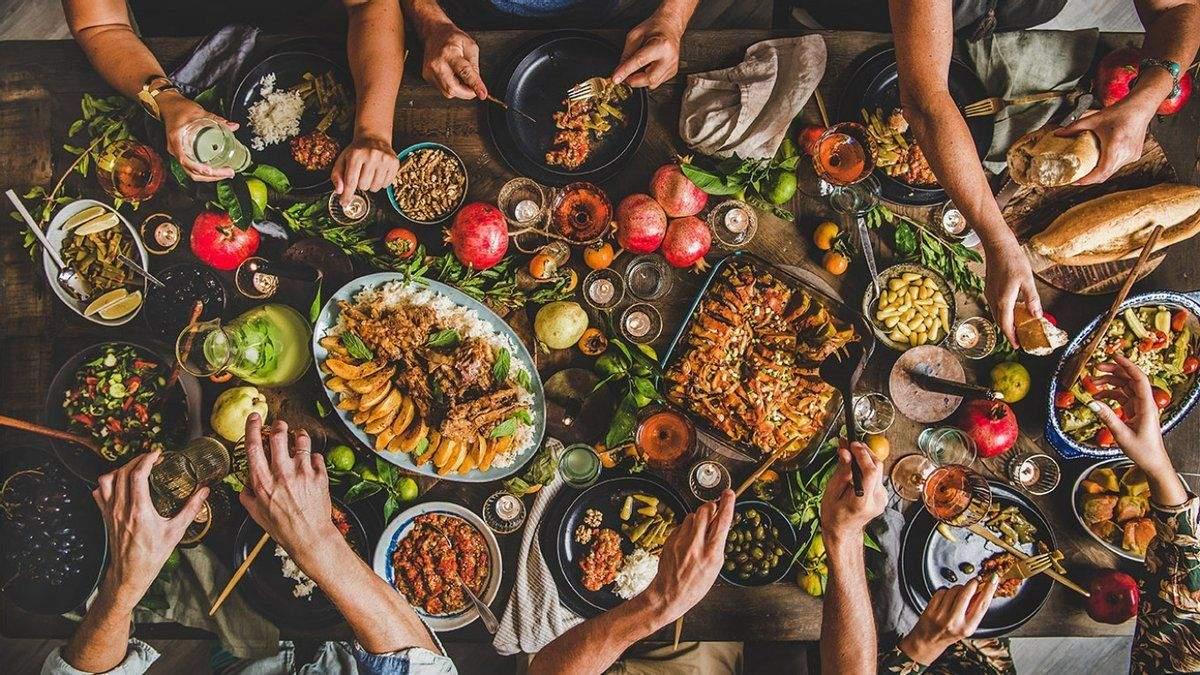 Що приготувати, коли гості на порозі: закуски