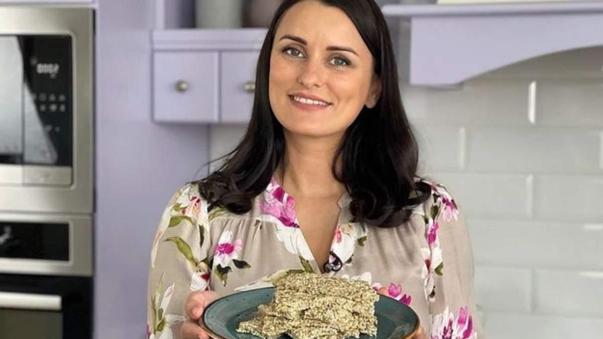 Козинаки з насіння та кунжуту – рецепт Лізи Глінської: відео