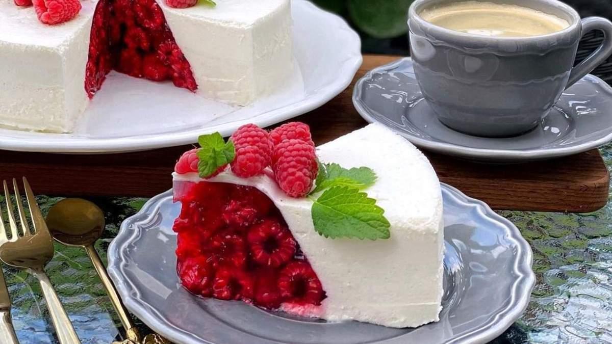 Как приготовить желейный торт: простой рецепт с ягодами