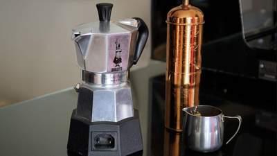 Не повторяйте старых ошибок: как правильно сварить кофе в гейзерной кофеварке