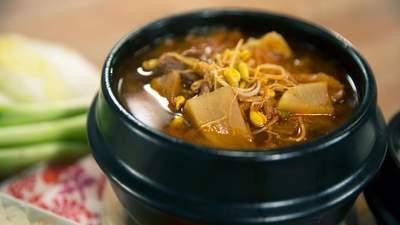 Якщо вчора побенкетували: рецепт похмільного супу на ранок