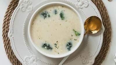 Сирний суп із курятиною: готуємо корисний обід для всієї родини