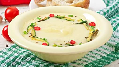 Дієтичний суп-крем з кабачків: три домашні рецепти