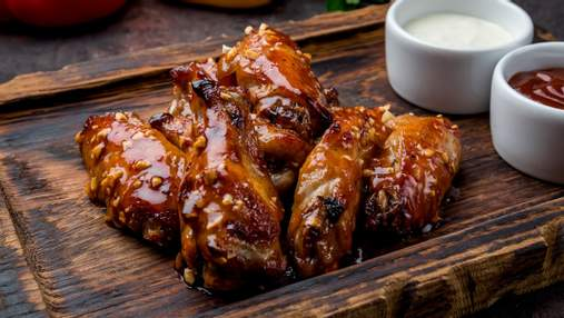 Небанальні страви з маринованою куркою: китайська локшина, пряний рис та лаваш із баклажанами