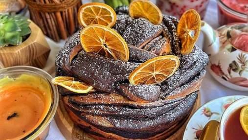 Ідеальна осіння випічка: рецепт шоколадного кранчу з дріжджового тіста